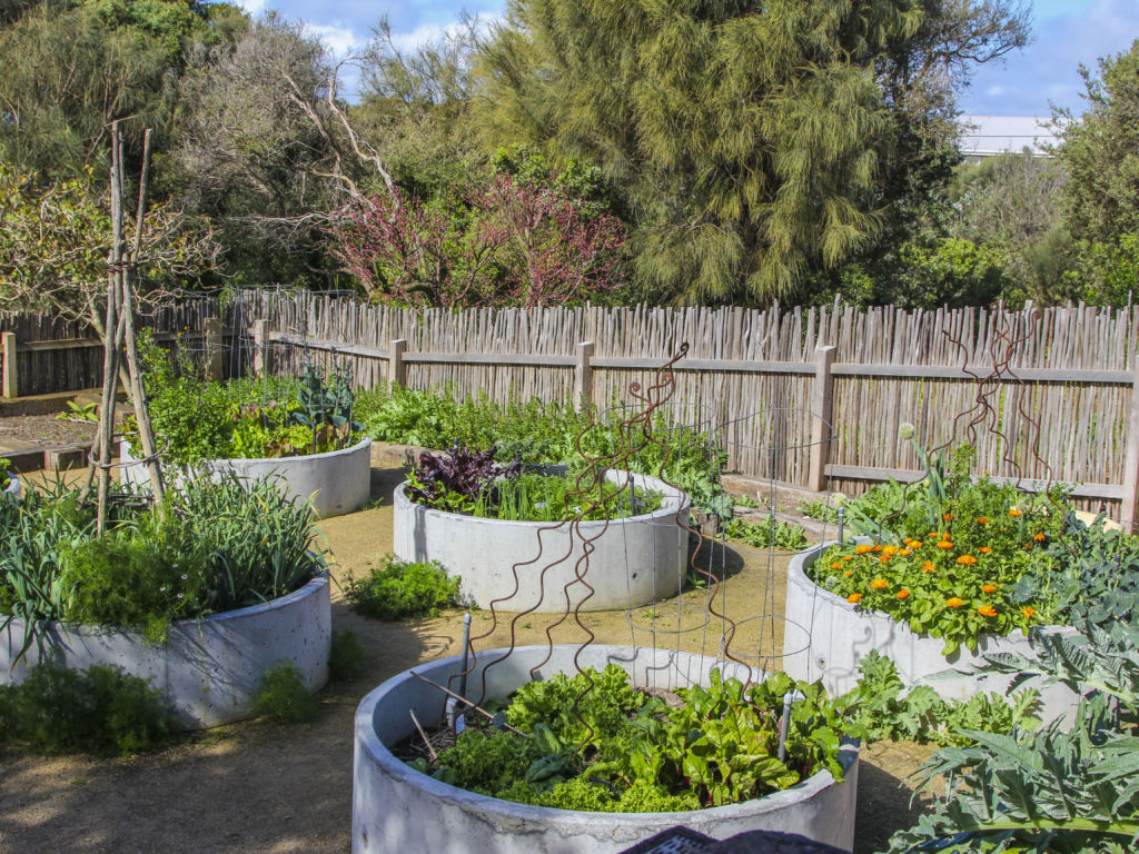 Be Inspired By These Kitchen Gardens Eco Outdoor