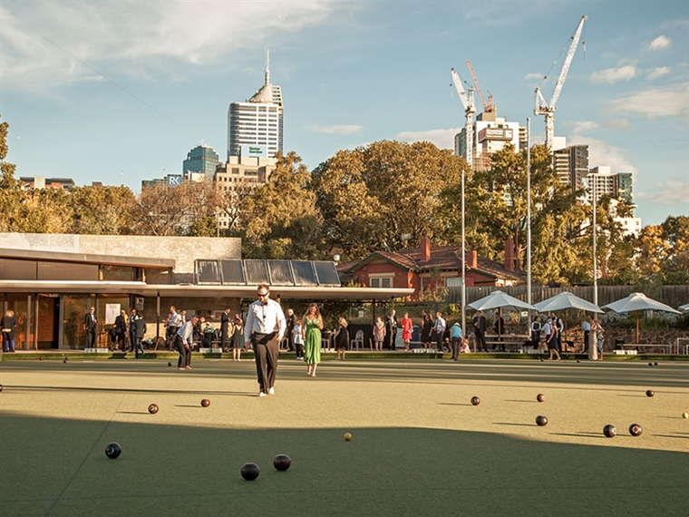 barefoot bowls in Melbourne