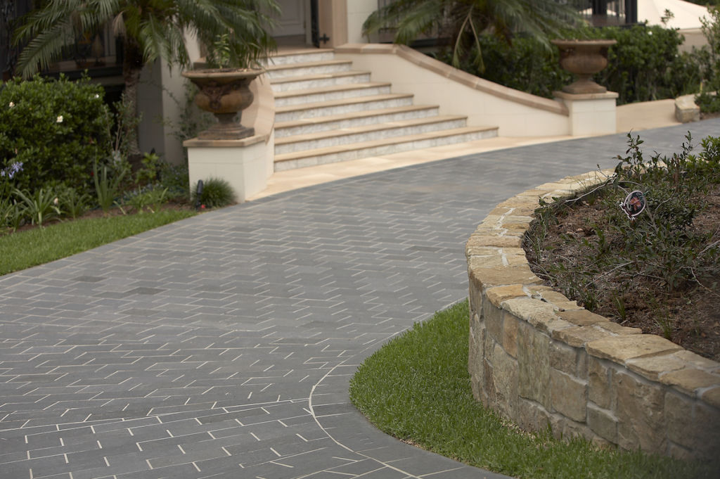 Top considerations when planning a driveway - Eco Outdoor