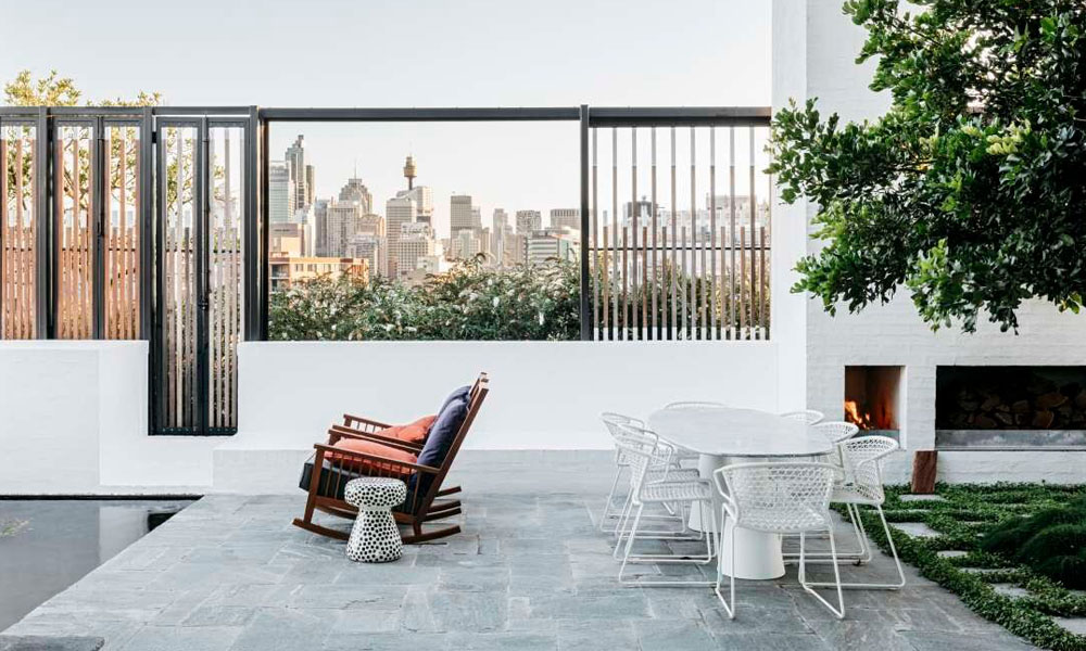 Endicott Handchipped used both internally and externally for this inner city apartment