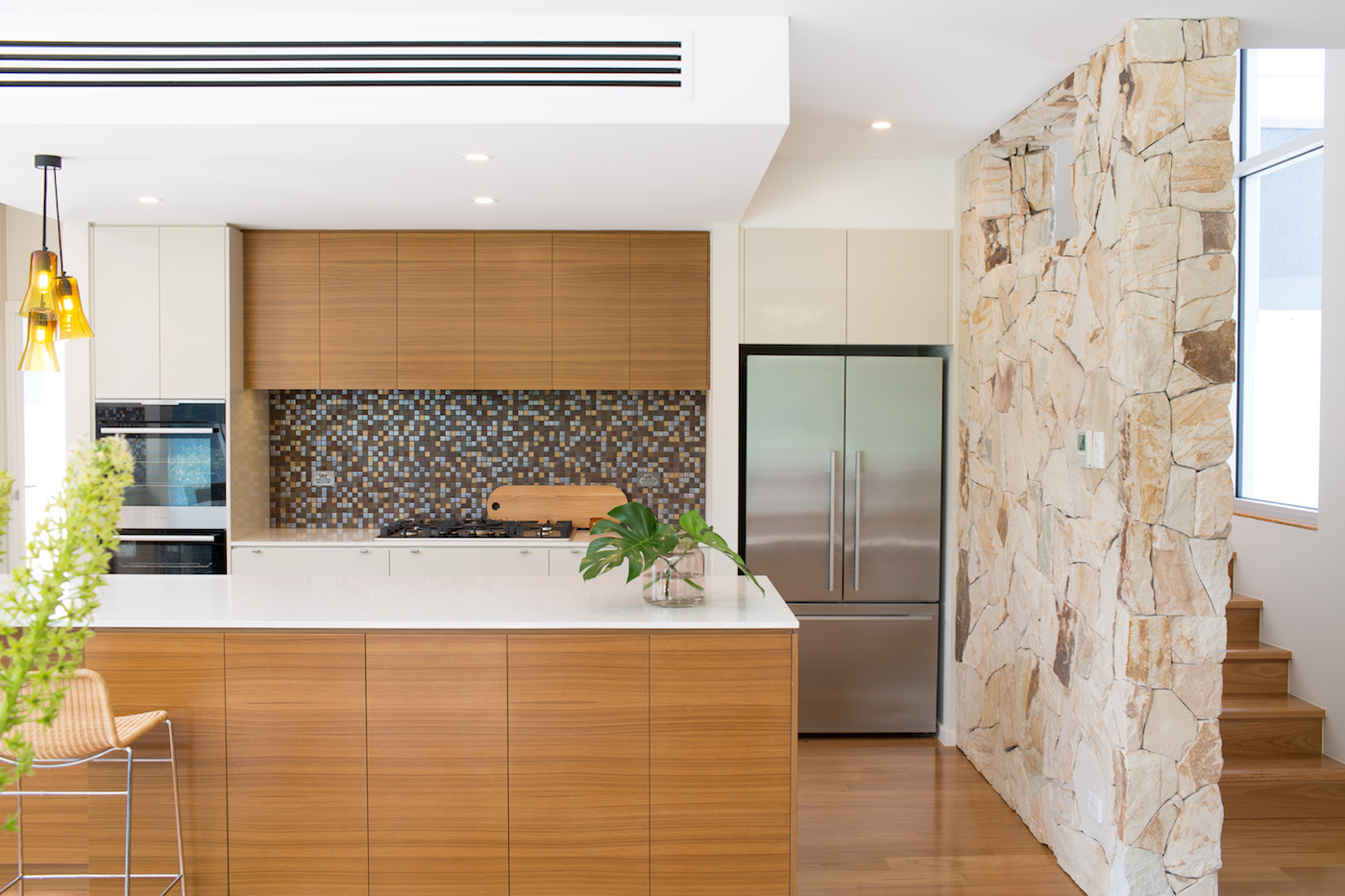 Pros and cons of natural stone vs manufactured cultured - Pros and cons of modular homes ...