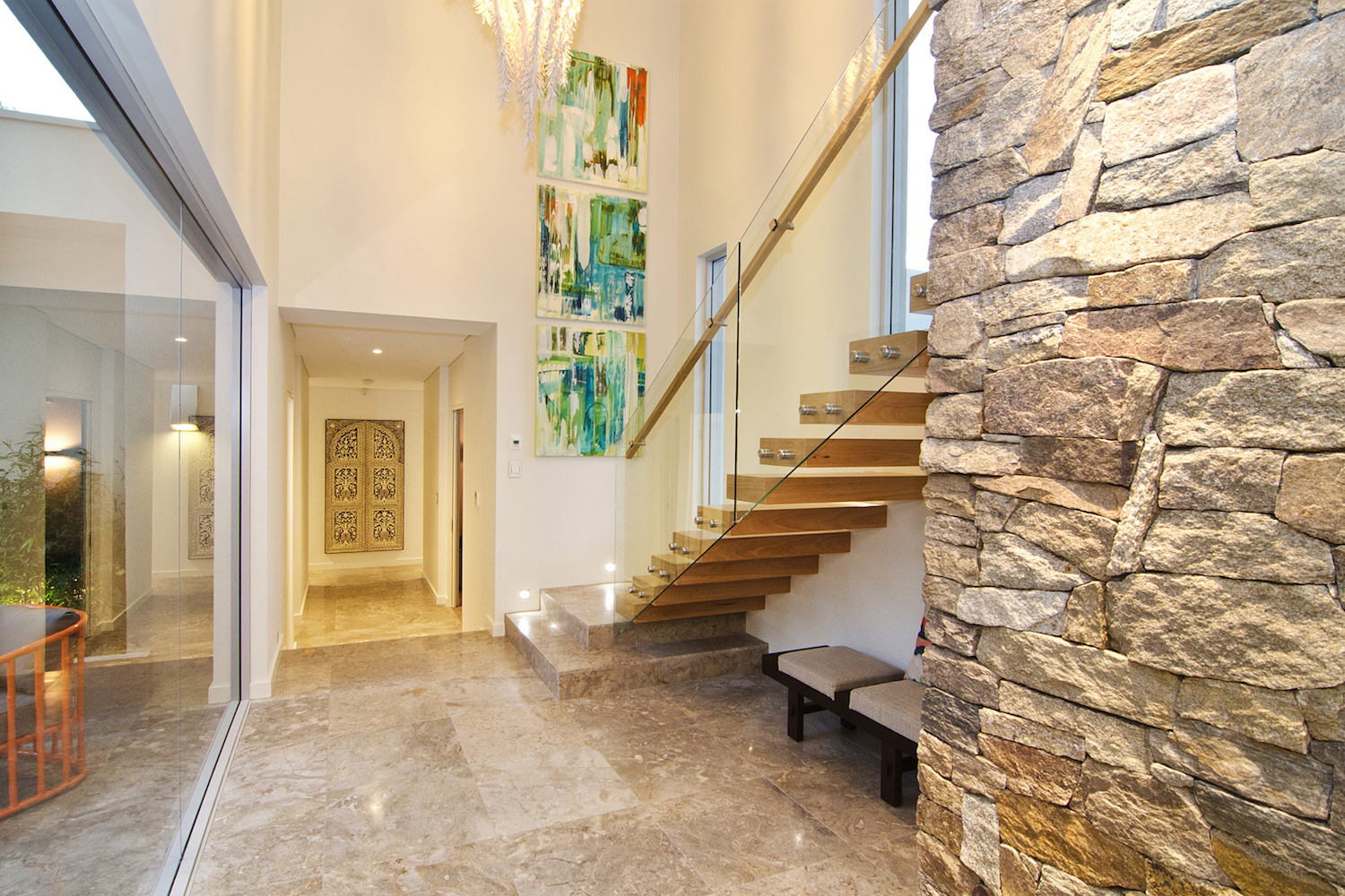 Alpine stone feature wall by Oswald Homes Down South