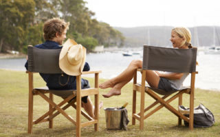 An easy method to restore your teak outdoor furniture